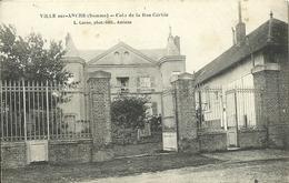 Ville Sur Ancre Coin De La Rue Corbie - France