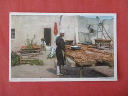 Drying Peaches At Isleta NM  Detroit Publisher     Ref 3284 - Indiens De L'Amerique Du Nord
