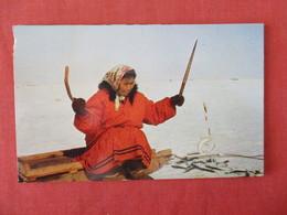 Tom Cod Fishing Arctic Alaska  Ref 3284 - Indiens De L'Amerique Du Nord