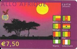 CARTE-PREPAYEE-7.5€-2003-EAGLE TELECOM-ALLO AFRIQUE-SAVANE-Drapeaux Afri Francophone-TBE - France