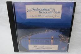 """CD """"Wiener Sängerknaben / Strauss-Orchester"""" An Der Schönen Blauen Donau, Die Schönsten Wiener Walzer & Polkas - Música & Instrumentos"""