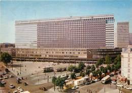 "/ CPSM FRANCE 75015 ""Paris, La Gare Gare Maine Montparnasse"" - Distretto: 15"