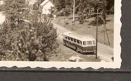 PHOTO ORIGINALE MAI 1957 - CHAINE DES PYRENEES - BUS AUTOCAR CAR - ZOOM - Lieux