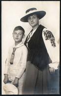 B9470 - Hübsche Junge Frau Im Kleid Rock Hut - Pretty Young Women - Mode Vintage - Bruno Wiehr Dresden - Mode