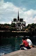 CPSM - PARIS - NOTRE-DAME - Et La SEINE - Notre Dame De Paris