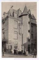 - CPA AUBUSSON (23) - Maison Place De La Halle (avec Personnages) - Photo Neurdein N° 33 - - Aubusson