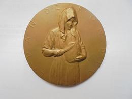 LE PAIN DU BON DIEU-HENRI SIMON(POETE)-1924-par GEORGES PETIT 87 Grammes-60 Mm - Professionals / Firms