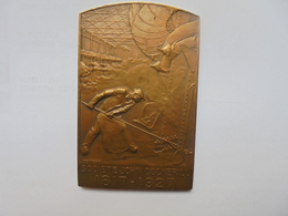 SOCIETE JOHN COCKERILL 1927-122 Par DEVREESE Grammes-80/50 Mm - Professionnels / De Société