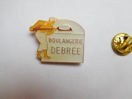 Beau Pin's , Boulangerie Debrée , Lunay , Loir Et Cher - Alimentation