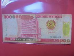 MOZAMBIQUE 100.000 METICAIS 1993 CIRCULER - Mozambique