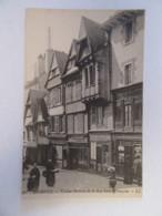 Quimper N°101 - Vieilles Maisons De La Rue Saint-François - Carte Animée, Non-circulée - Quimper