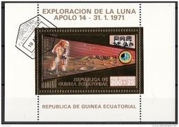 Bf. 62 Guinea Equatoriale 1973 Apollo 14 Gold Art Sheet Astronauti Shepard Roosa Mitchell Perf. - Guinea Equatoriale