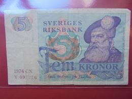 SUEDE 5 KRONOR 1976 CIRCULER - Suède