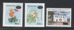 Tanzania Tansania 2004  Overprint Surcharge Aufdruck 3 X 350 Sh Flower Blume Fleur Building Maison Haus Mnh - Tanzanie (1964-...)