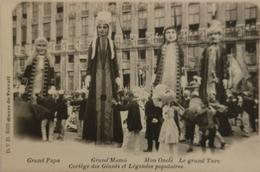 Bruxelles // Oeuvre Du Travail - Cortege Des Geants - Grand Papa - Grand Mama - Mon Oncle Ca 1899 RARE - Feesten En Evenementen