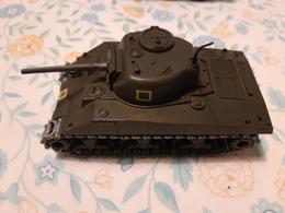 Tank Sherman Solido M4 A3 N°231-1/50 - 1972 - Tanks