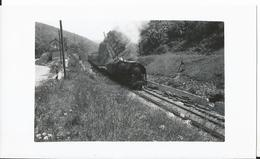 Photo - Locomotive à Identifier  - Thème Chemin De Fer - Train   - - Trains