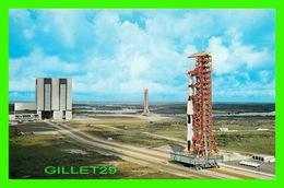 ESPACE - JOHN F. KENNEDY SPACE CENTER, N.A.S.A. - APOLLO 4, FIRST SPACE VEHICULE IN NASA'S - - Espace