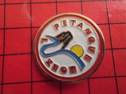 413A Pin's Pins / Beau Et Rare / THEME : PETANQUE / A LUZECH Ils Ont Les Boules !!! Et Pas De Cochonettes !!! - Boule/Pétanque
