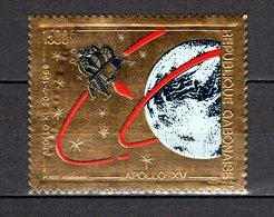 GABON PA N° 120  NEUF SANS CHARNIERE COTE  32.50€  ESPACE APOLLO XV  TIMBRE OR - Gabon (1960-...)