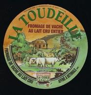 Etiquette Fromage  Au Lait De Vache   La Tourelle Fromagerie La Core Cavalas Bethmale Ariege 09 - Quesos