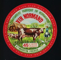 """Etiquette Fromage  Camembert Normandie Vir Normand 45%mg Ets Martin Freres Vire Calvados 14  """"vaches, Fermiere, Poules"""" - Quesos"""