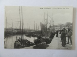 Concarneau N°6258 - Le Quai Pénéroff Et Le Bassin - Carte Animée, Non-circulée - Concarneau