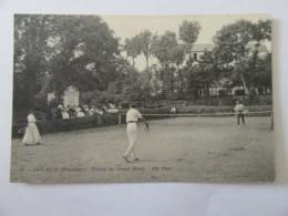 Beg-Meil N°28 - Tennis Du Grand Hôtel - Carte Animée (joueurs De Tennis Et Public), Non-circulée - Beg Meil