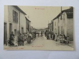 Vittel N°10920 - Rue De Lignéville - Carte Animée, Non-circulée - Vittel Contrexeville