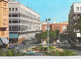 Afrique- TUNISIE SFAX Avenue Centrale  (Auto Voiture Dont DS D S Citroen Calèche Carriage) *PRIX FIXE - Tunisia