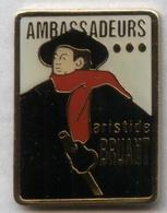 Pin's écrivain Aristide Bruant Ambassadeurs Toulouse-Lautrec Artiste Peintre - Pin's