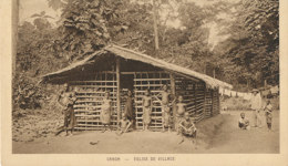 AN 25 / C P A     AFRIQUE-  GABON  -  EGLISE DE VILLAGE - Gabon