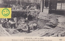 L'orage Du 15 Juin à Paris - Eboulement à L'angle De La Rue De La Boëtie Et Du Faubourg Saint-Honoré - France