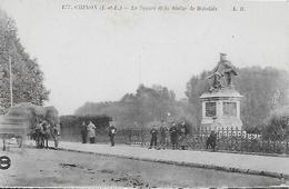37)  CHINON   - Le Square Et La Statue De Rabelais - Chinon