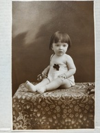 Enfant. Carte Photo - Portraits