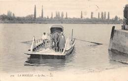 LA BOUILLE - Le Bac - La Bouille