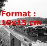 Reproduction Photographie Ancienne De Toutes Les Péniches à L'arrêt De Fret à Transporter Conflans-Sainte-Honorine 1965 - Reproductions