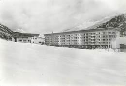 "/ CPSM FRANCE 05 ""Villeneuve Serre Chevalier, Centre De Ski"" - Serre Chevalier"
