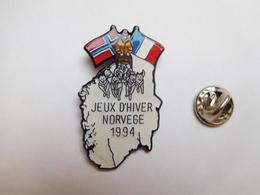 Beau Pin's , JO , Jeux Olympiques De Lillehammer 1994 , Norvége , Attelage De Chiens De Traîneau - Jeux Olympiques