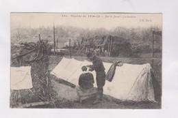 CPA ,GUERRE 14/18 , SUR LE FRONT,  LE BARBIER En 1915! - Guerra 1914-18