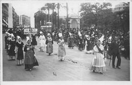 NICE  -  Carte-Photo D'un Groupe De PORNICAISES (PORNIC) En Avril 1931 - Le Jardin Albert 1er Pendant Le Carnaval - Carnaval