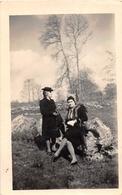 ¤¤  -  LEGE  -  Cliché De 2 Femmes En Avril 1944  -  Voir Le Dos  -  Voir Description   -  ¤¤ - Legé