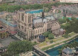 PARIS - Vue Aérienne - La Cathédrale Notre-Dame - - Notre Dame De Paris