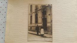 B7/carte Photo -couple Dans La Rue - Tours