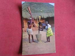 Guinea - Guiné Portuguesa - Pilando Arroz - Bissau - Guinea-Bissau