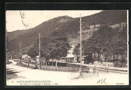 CPA Saint-Martin-de-la-Cluze, La Gare Et Le Passage à Niveau, La Gare Et Bahnübergang - France