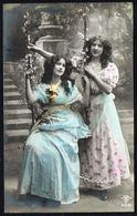 FEMME - CP - 2 Jeunes Femmes Et Une Balançoire  - Circulé - Circulated - Gelaufen - 1910. - Femmes