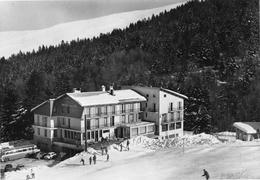 CEÜZE - Hôtel Gaillard - Patinoire - Autobus - Ski - Autres Communes