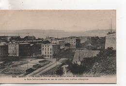 CPA.29.Brest.La Rade.à L'arrière Plan, Le Goulet Armé De Puissants Canons. - Brest