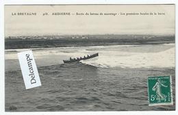 AUDIERNE (29) - Sortie Du Bateau De Sauvetage - Les Premières Houles De La Barre - Audierne